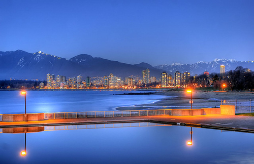 kits-pool-and-english-bay.jpg