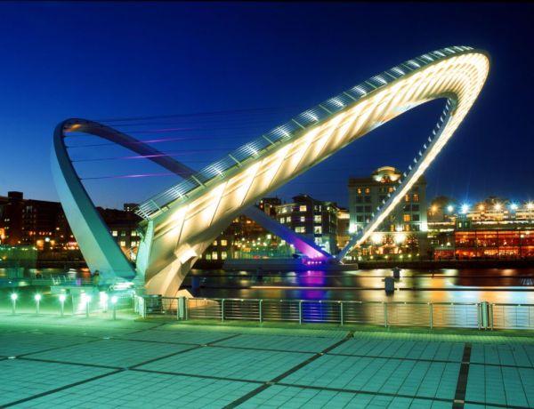 Millennium Bridge, Newscastle