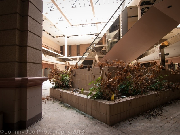 Consumer Necropolis Dead Malls From All Over Price Tags