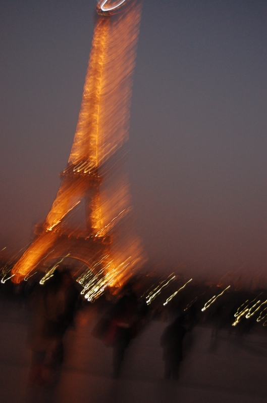 Eiffel Tower at night (2)