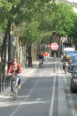 cycle-lane-paris