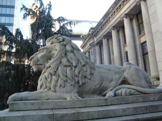 055_vanartgallery_lion_615x461