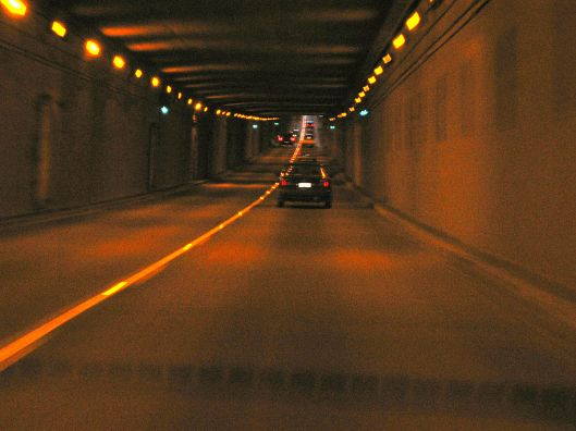 1200px-inside_the_george_massey_tunnel