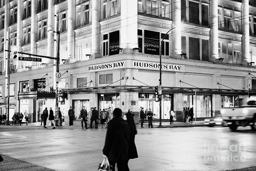 hudsons-bay-department-store-corner-of-granville-and-west-georgia-streets-vancouver-bc-canada-joe-fox
